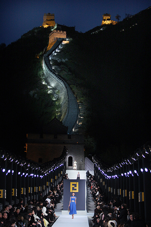 Fendi-Show von 2007 auf der Chinesischen Mauer / Foto: Fendi