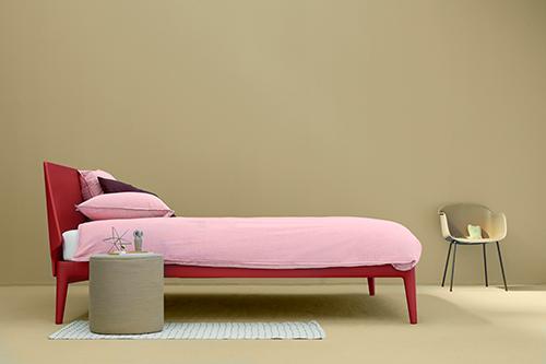 schlafen mit komfort und stil flair fashion home. Black Bedroom Furniture Sets. Home Design Ideas