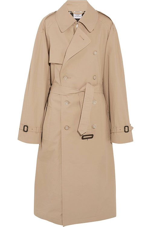 VETEMENTS + Mackintosh über net-a-porter.com: Oversized cotton trench coat