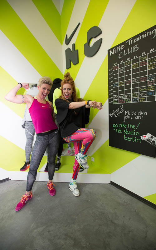 Nike Master Trainer Nina Otto und Palina Rojinski