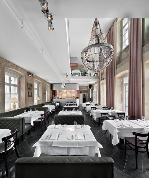 The Grand - Restaurant und Club in einem