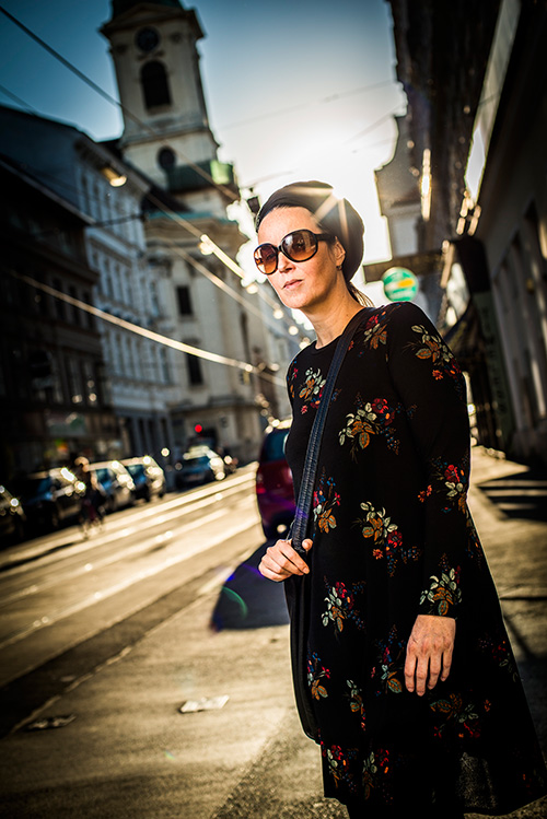 Die Wiener Designerin Susanne Bisovsky schöpft aus einem Archiv an regionaler Mode / Foto: Mavric