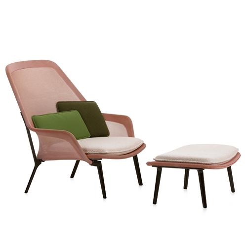 Das Leben langsam angehen lassen: Klappt perfekt im Slow Chair von Ronan & Erwan Bouroullec für VITRA / Foto: PR