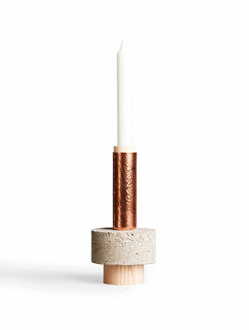 CROWD CANDLE HOLDER - TALL STUART von NEW WORKS / Foto: PR