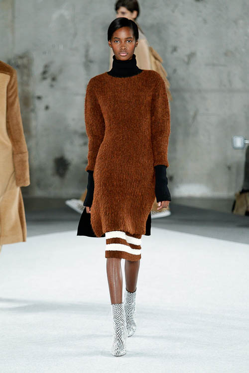 strickkleider sind der fashion trend f r herbst winter 2014 15 flair fashion home. Black Bedroom Furniture Sets. Home Design Ideas
