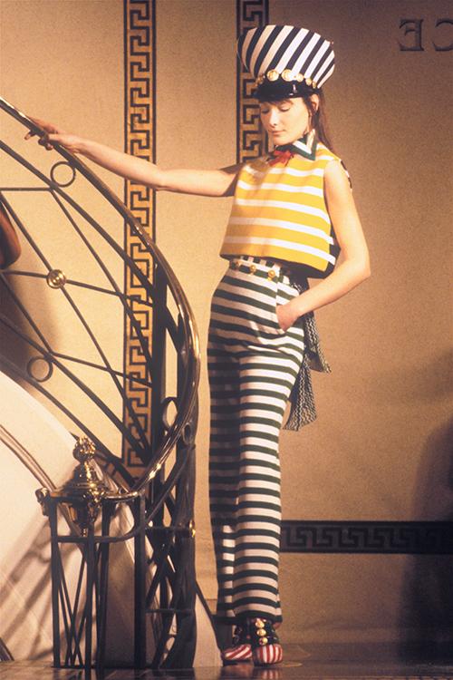 Gianni Versace, 1993 / Foto: catwalkarchives.com