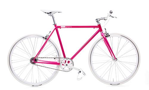 Pink Obsession! Speedy Bike von Mika Amaro