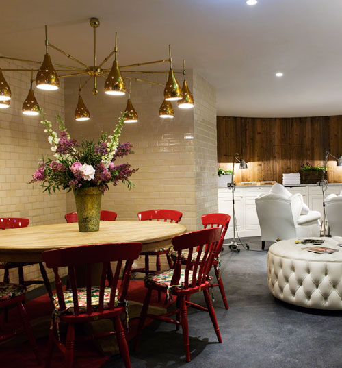 k ln citynews im januar flair fashion home. Black Bedroom Furniture Sets. Home Design Ideas