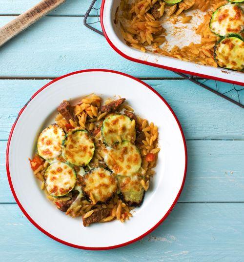 """""""Giouvetsi""""-Rindergeschnetzeltes mit Orzo-Nudeln und Zucchini"""
